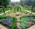 Parc du Château d'Arlay et jardin des jeux dans le Jura