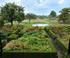 Scène d'automne au jardin Plume en Normandie