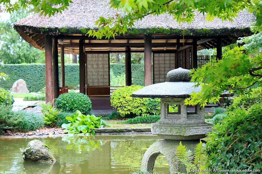 kiosque jardin japonais