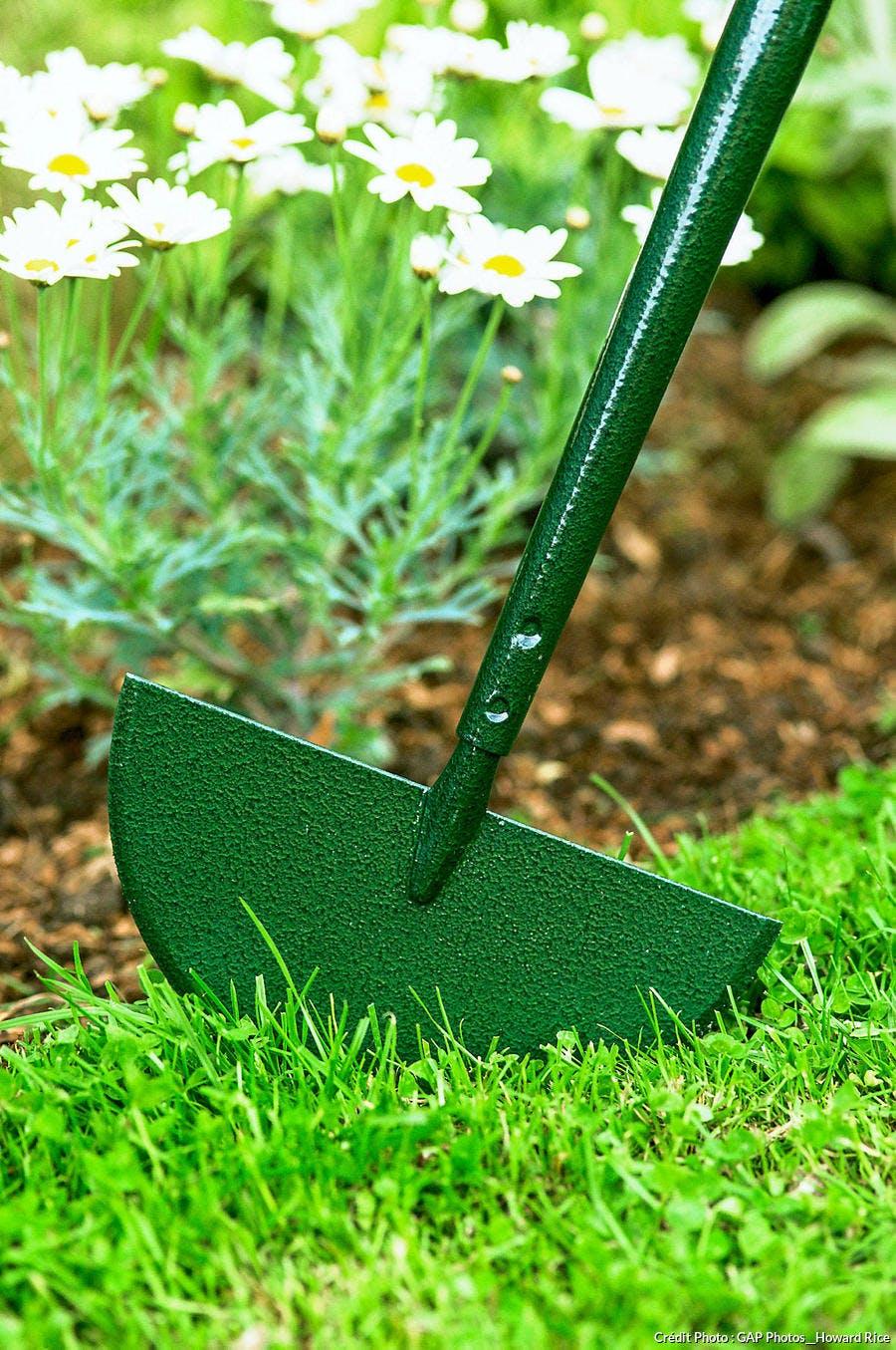 Dessiner les contours de la pelouse
