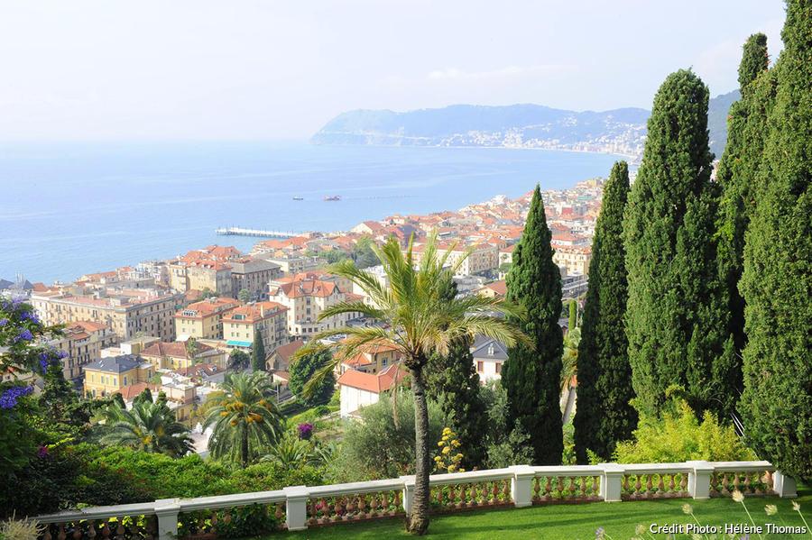 Les Jardins De La Villa Della Pergola Avec Vue Sur Mer