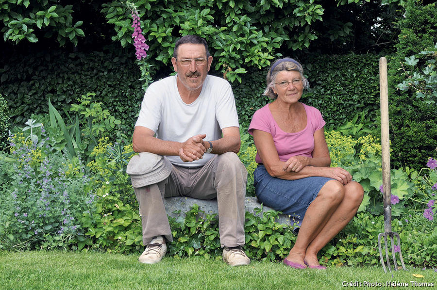 Alain et Annie, propriétaires du jardin.