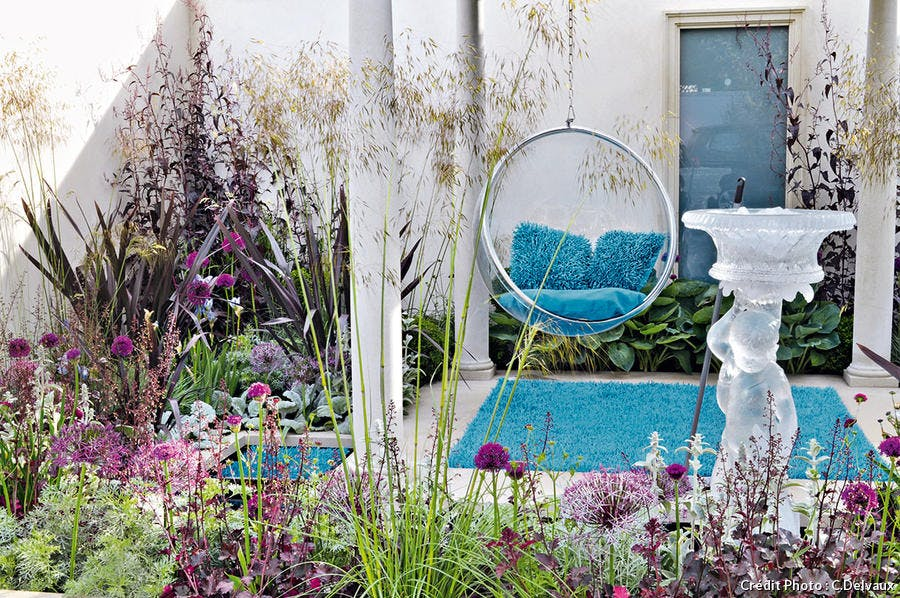 Un jardin turquoise et violet