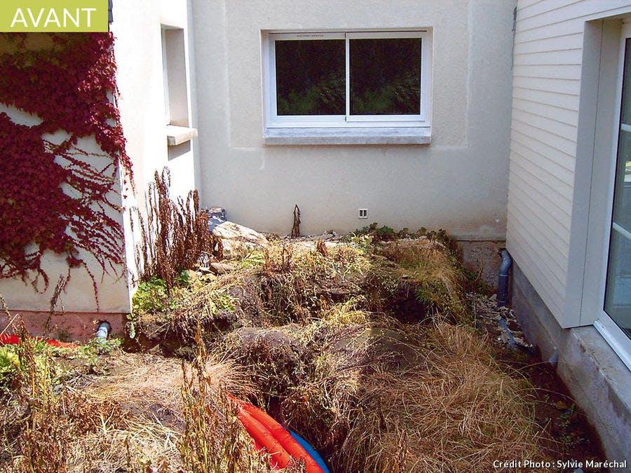 Espace d'une vingtaine de mètres carrés à aménager en jardin zen