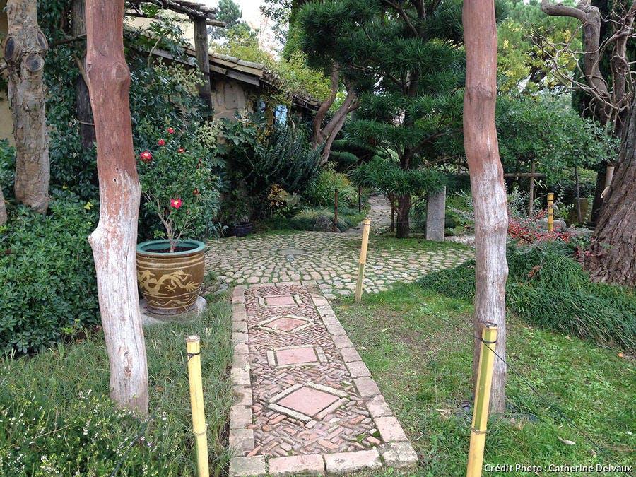 Le torii du jardin zen d'Erik Borja