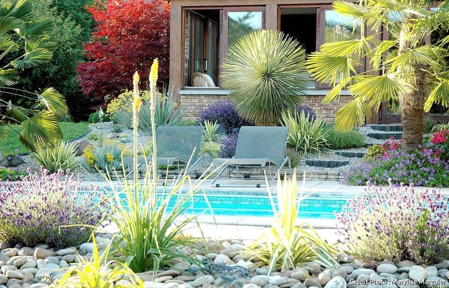 Aménager une rocaille exotique, colorée et fleurie