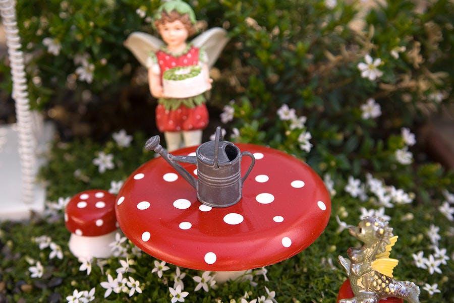 elfe et champignon pour fairy garden