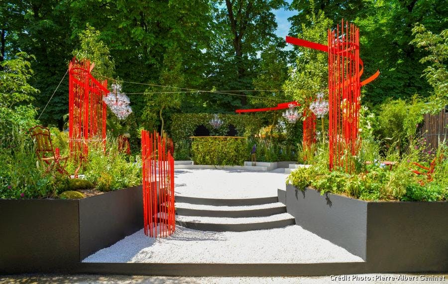jardin en rouge et noir d'Alexandre Tonnerre