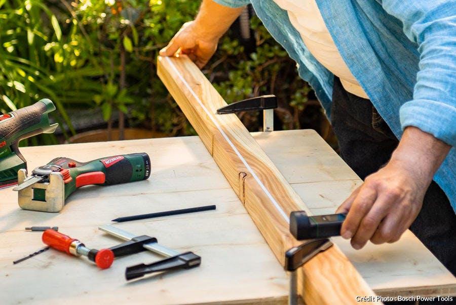 réaliser un brise-vue en bois