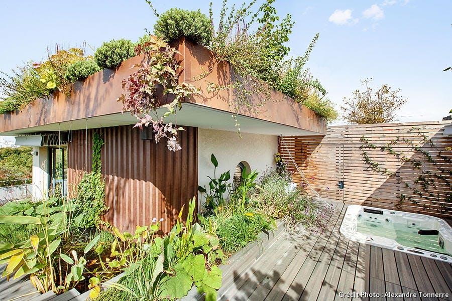 Jacuzzi et jardin terrasse