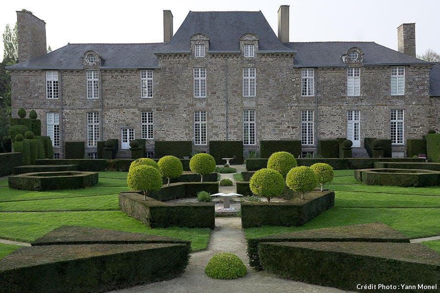 Le château de la Ballue et son jardin
