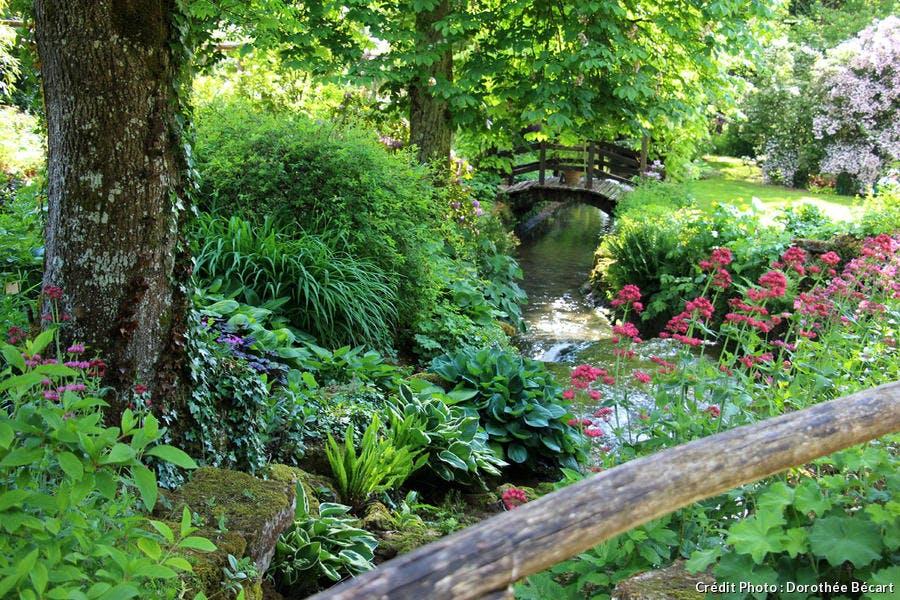 Jardin de mon Moulin, sur les bords du ruisseau Clairefontaine