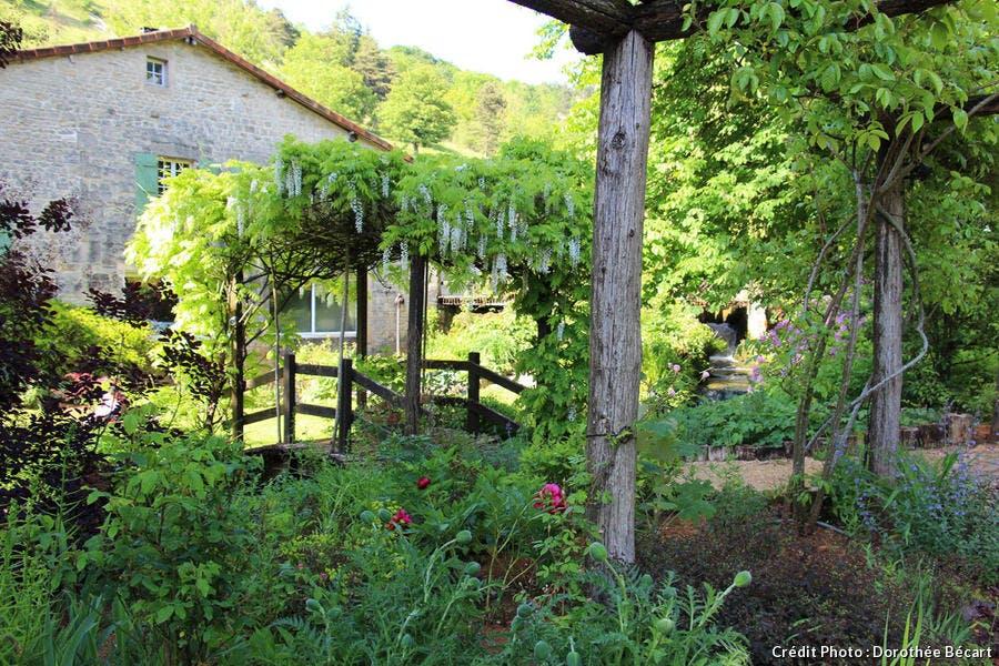 Le pont du jardin de mon Moulin