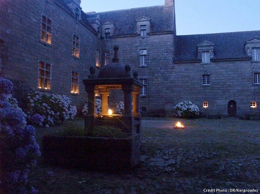 Nocturne au château de Kergroadez